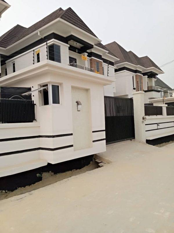 4 Bedroom Semi Detached Duplex At Lekki Ajah