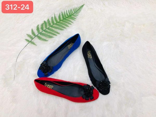 Women Flat Shoes For Sale In Nigeria
