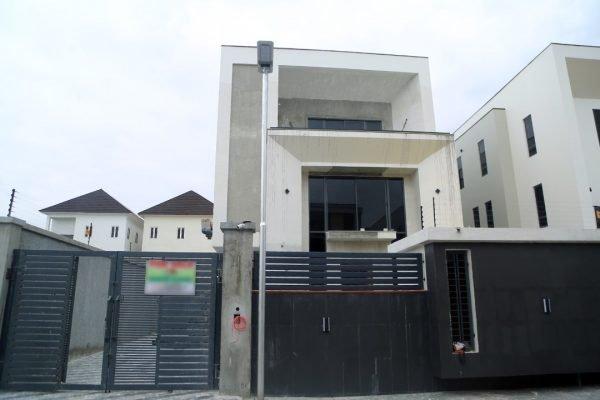Detached Duplex For Sale In Lekki, Nigeria
