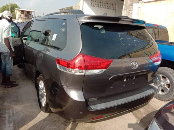 Toyota Sienna 2011 For Sale In Lagos