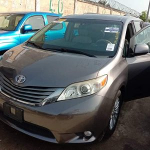 Buy Toyota Sienna 2011 xle In Nigeria For Sale